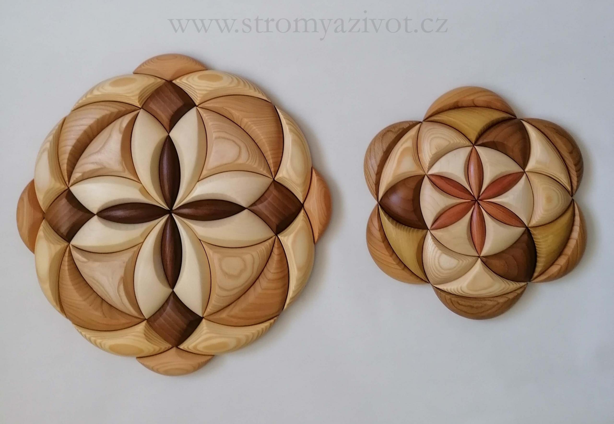 dřevěné mandaly